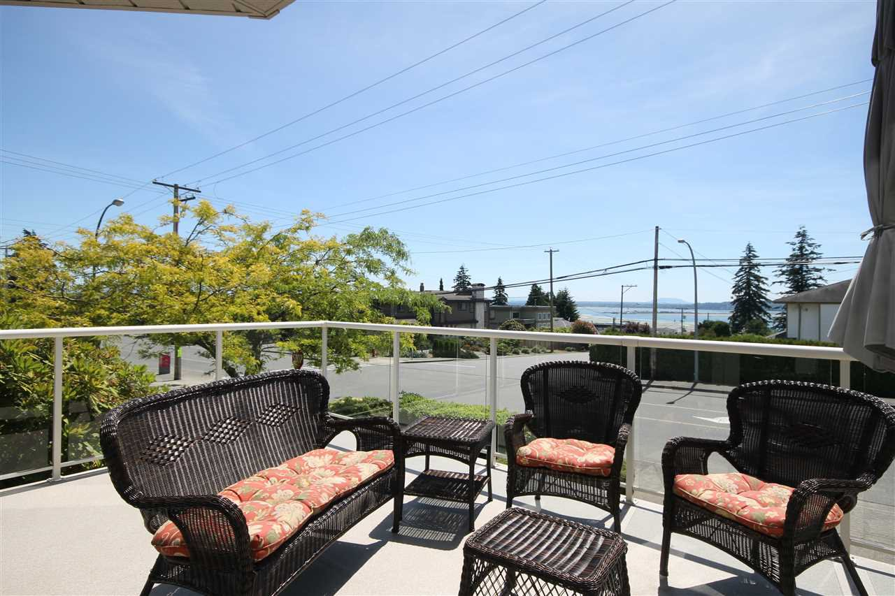 "Photo 18: Photos: 1203 FINLAY Street: White Rock House for sale in ""VISTA HILLS"" (South Surrey White Rock)  : MLS®# R2076904"