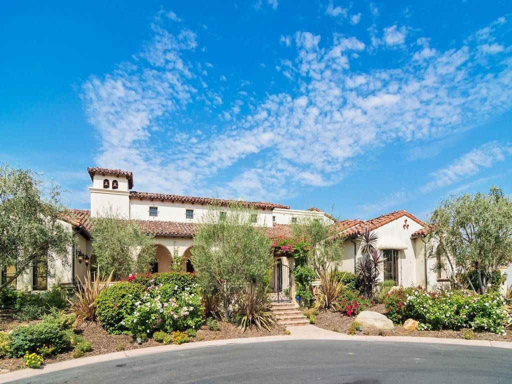 Main Photo: RANCHO SANTA FE House for sale : 4 bedrooms : 7904 White Christmas Ct in San Diego