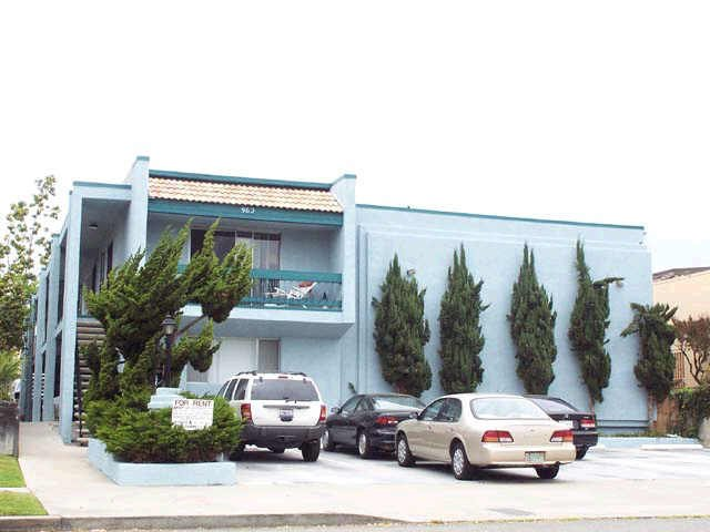 Main Photo: PACIFIC BEACH Apartment for rent : 2 bedrooms : 962 Loring Street #1A in San Diego