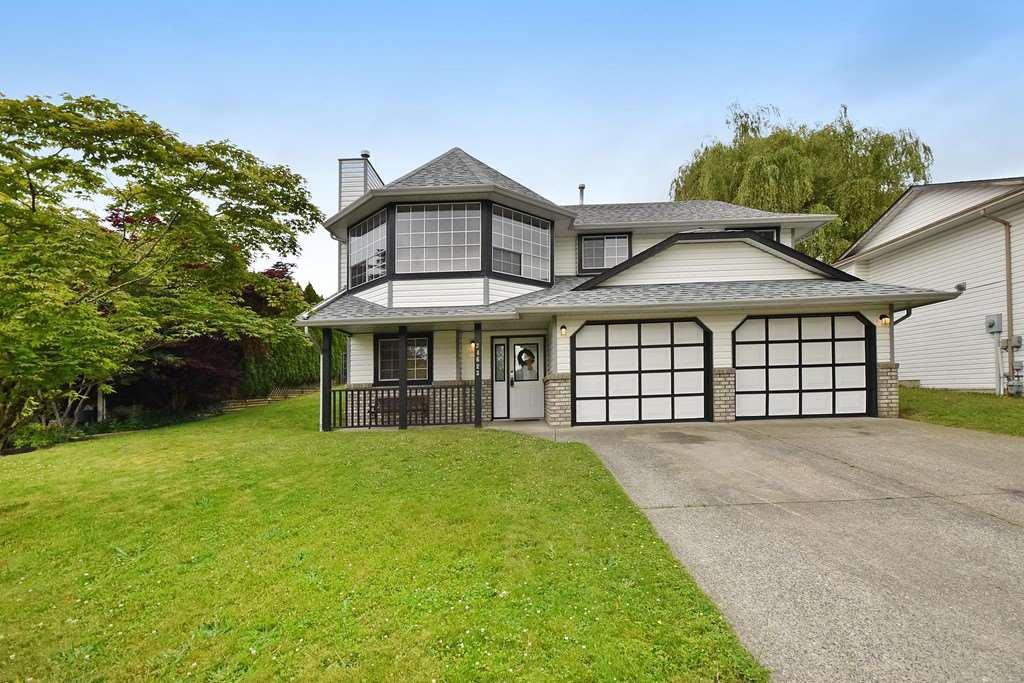 Main Photo: 34623 SANDON Drive in Abbotsford: Abbotsford East House for sale : MLS®# R2176846