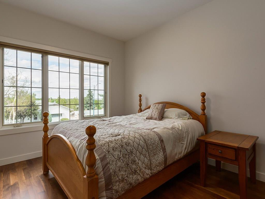 Photo 32: Photos: 27 CORNWALLIS Drive NW in Calgary: Cambrian Heights House for sale : MLS®# C4123096