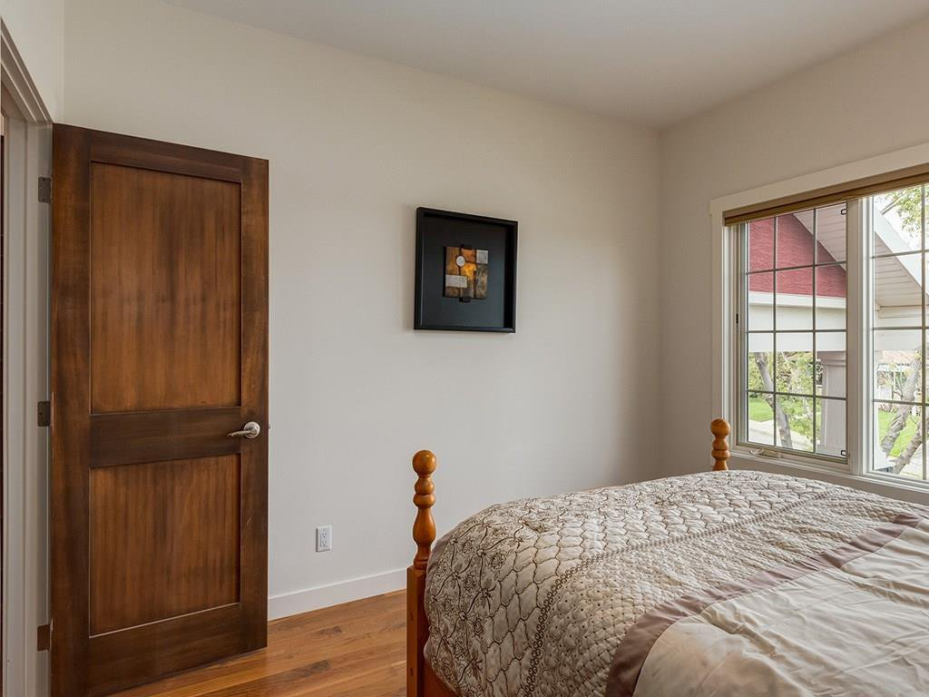 Photo 33: Photos: 27 CORNWALLIS Drive NW in Calgary: Cambrian Heights House for sale : MLS®# C4123096