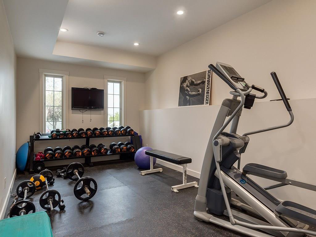Photo 39: Photos: 27 CORNWALLIS Drive NW in Calgary: Cambrian Heights House for sale : MLS®# C4123096
