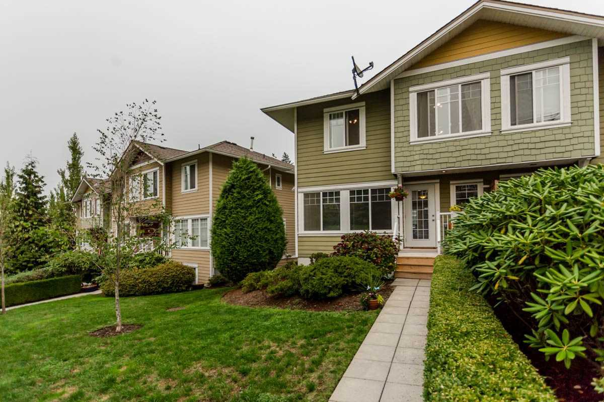 "Main Photo: 7 6110 138 Street in Surrey: Sullivan Station Townhouse for sale in ""Seneca Woods"" : MLS®# R2204599"
