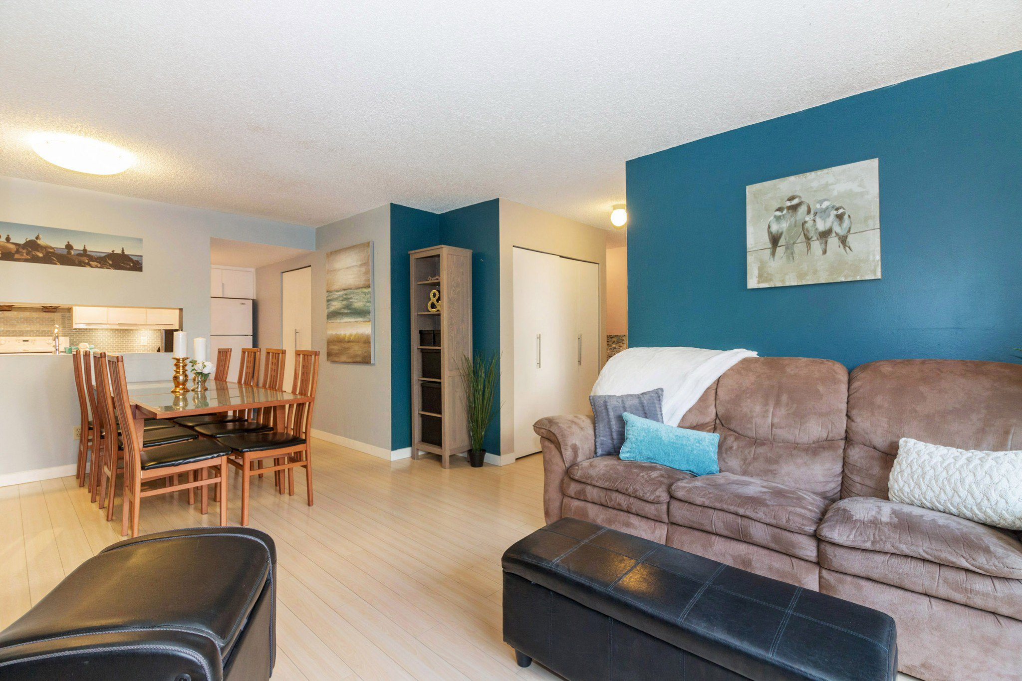 Photo 3: Photos: 10 385 GINGER Drive in New Westminster: Fraserview NW Townhouse for sale : MLS®# R2228232