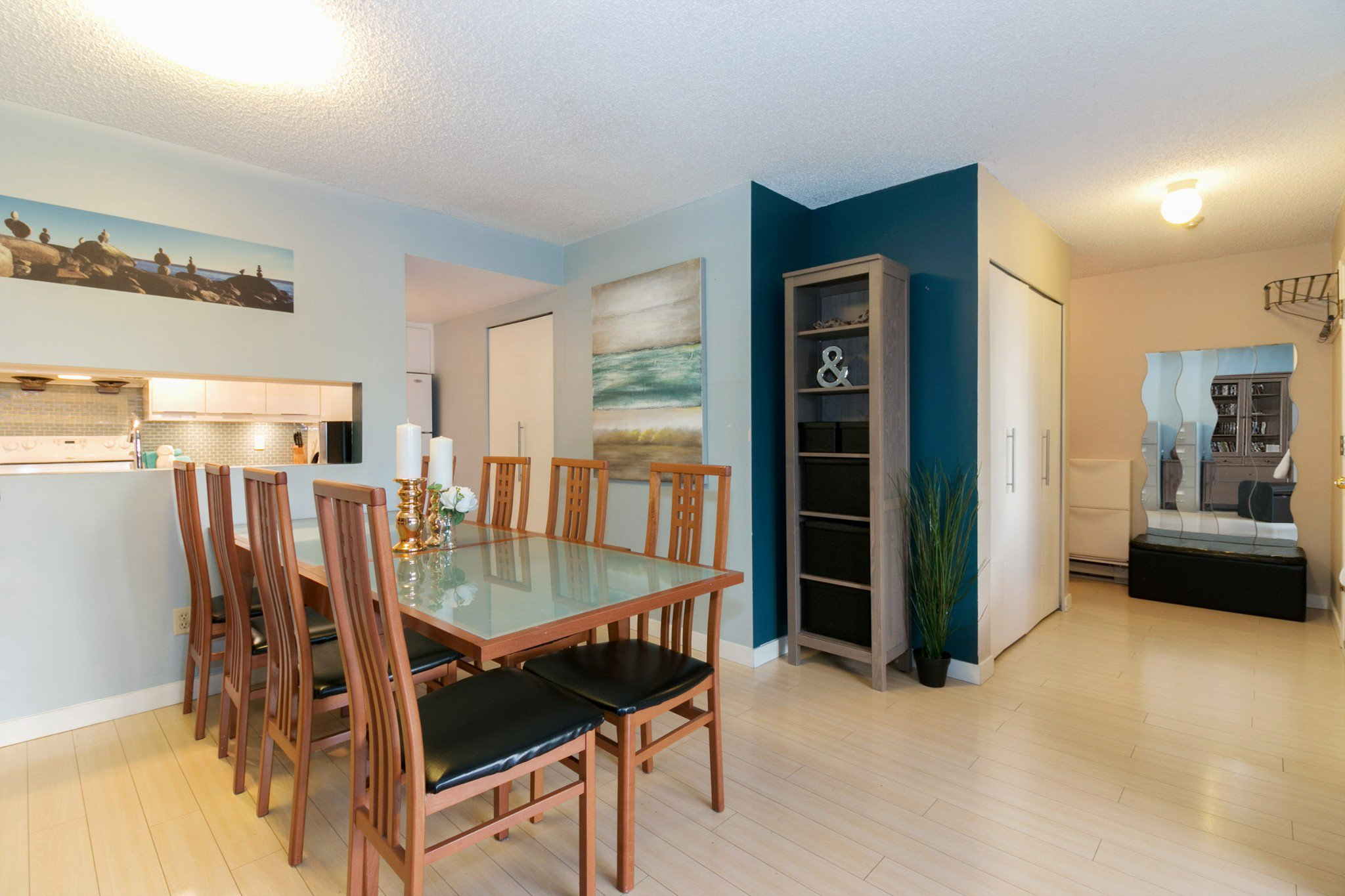 Photo 4: Photos: 10 385 GINGER Drive in New Westminster: Fraserview NW Townhouse for sale : MLS®# R2228232