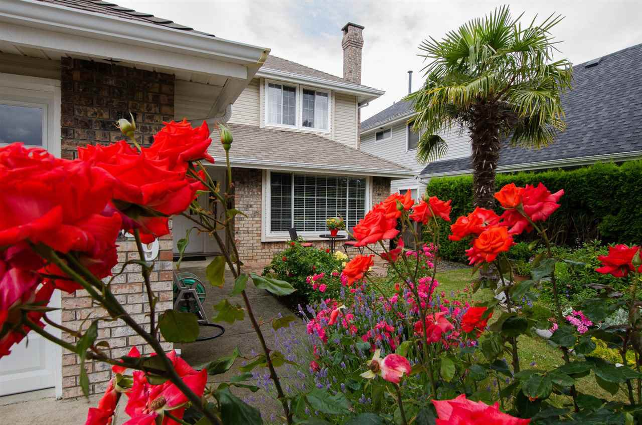 "Photo 2: Photos: 6159 45 Avenue in Delta: Holly House for sale in ""Sunrise"" (Ladner)  : MLS®# R2284913"