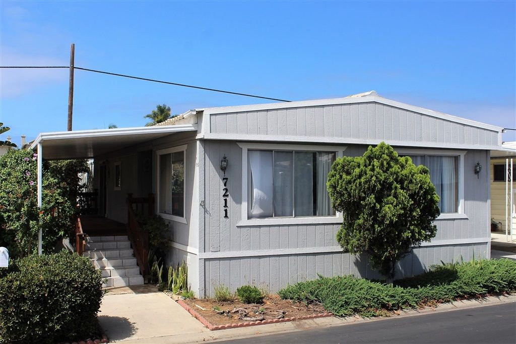 Main Photo: CARLSBAD WEST Manufactured Home for sale : 2 bedrooms : 7211 San Luis #170 in Carlsbad