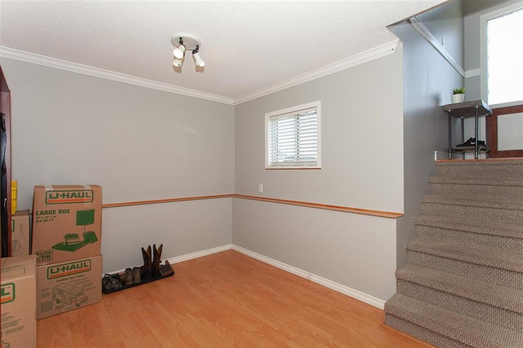 Photo 13: Photos: 31382 WINDSOR Court in Abbotsford: Poplar House for sale : MLS®# R2329823