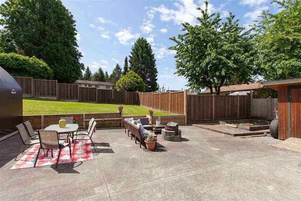 Photo 18: Photos: 31382 WINDSOR Court in Abbotsford: Poplar House for sale : MLS®# R2329823