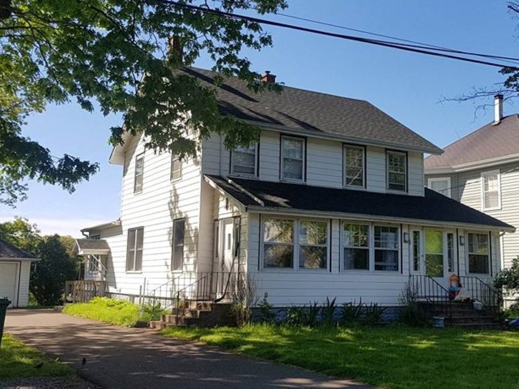 Main Photo: 68 CONNAUGHT Avenue in Middleton: 400-Annapolis County Residential for sale (Annapolis Valley)  : MLS®# 201911136