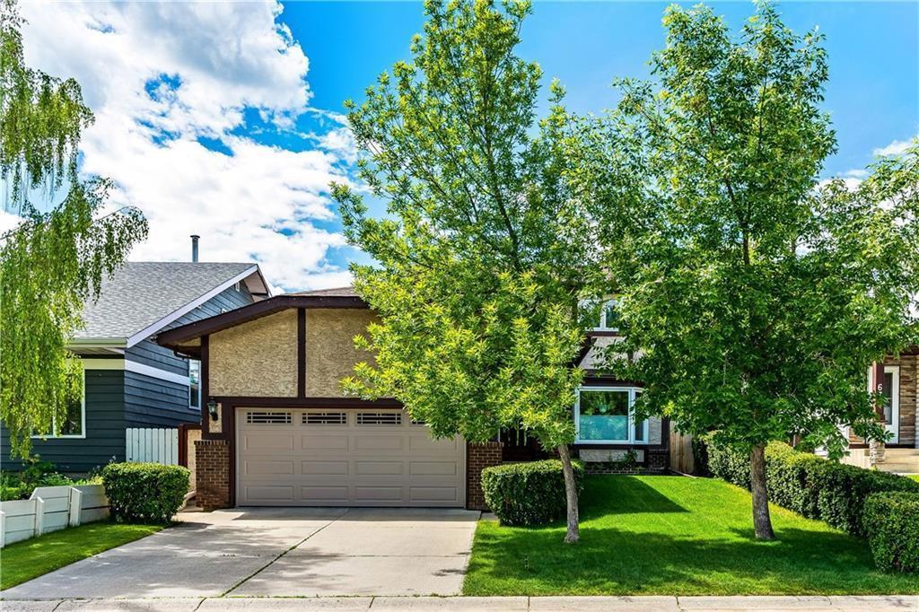 Main Photo: 63 WOODBROOK Way SW in Calgary: Woodbine Detached for sale : MLS®# C4255463