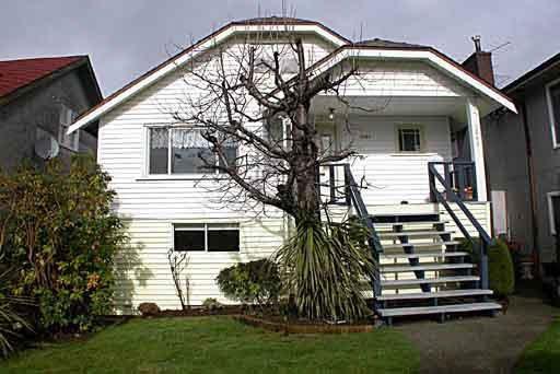 Main Photo: 3661 OXFORD STREET in : Hastings Sunrise House for sale : MLS®# V379522