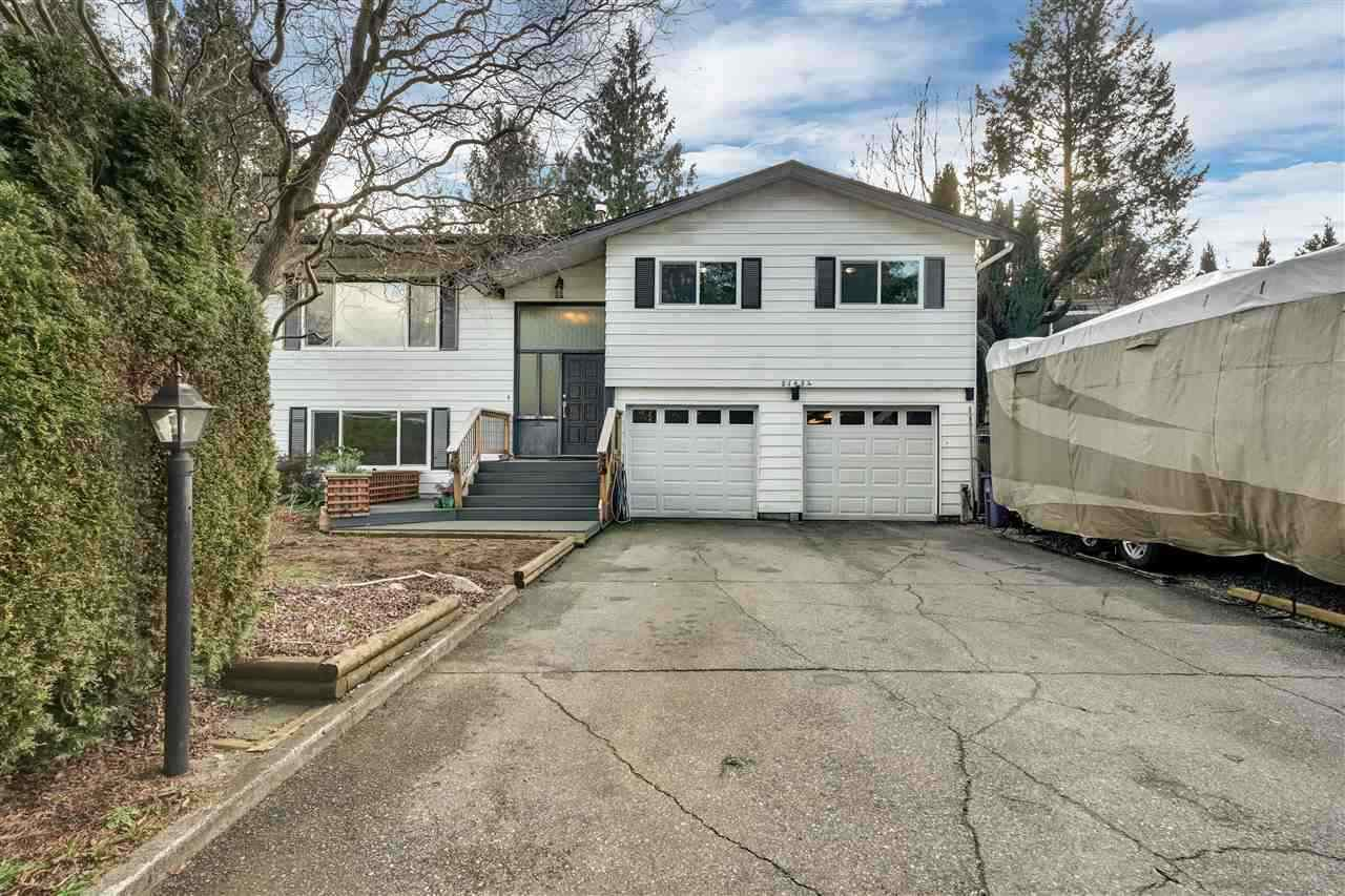 Main Photo: 21654 MANOR Avenue in Maple Ridge: West Central House for sale : MLS®# R2450318