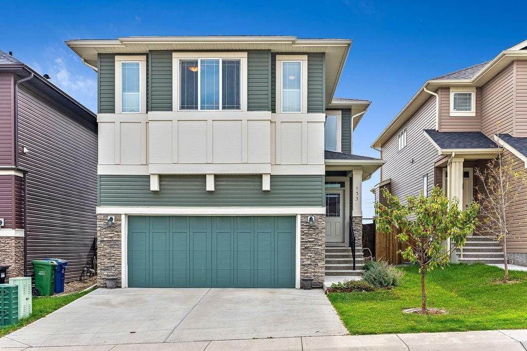 Main Photo: 153 EVANSGLEN Drive NW in Calgary: Evanston Detached for sale : MLS®# C4305322