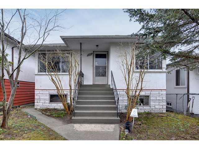 "Main Photo: 3551 WALKER ST in Vancouver: Grandview VE House for sale in ""TROUT LAKE"" (Vancouver East)  : MLS®# V875248"