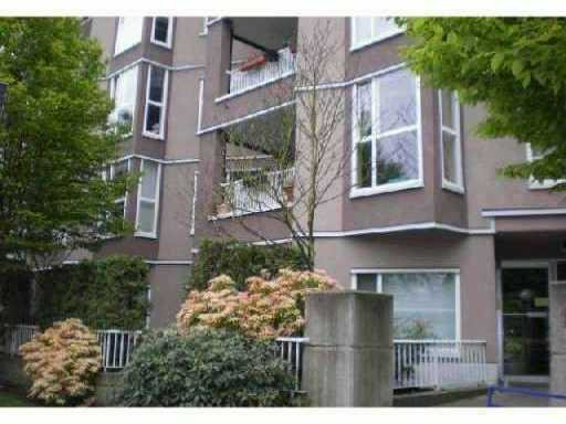 Main Photo: 202 1688 E 8TH Avenue in Vancouver: Grandview VE Condo for sale (Vancouver East)  : MLS®# V910929