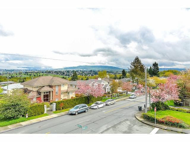 Photo 17: Photos: 5433 BOOTH Avenue in Burnaby: Forest Glen BS House for sale (Burnaby South)  : MLS®# V1060220
