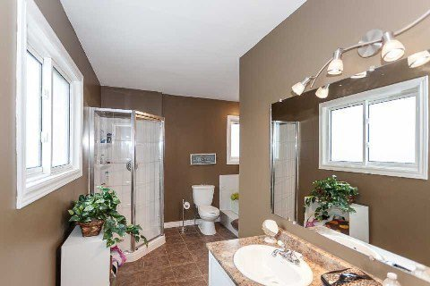 Photo 6: Photos: 18 Audrey Court in Clarington: Courtice House (2-Storey) for sale : MLS®# E2894904