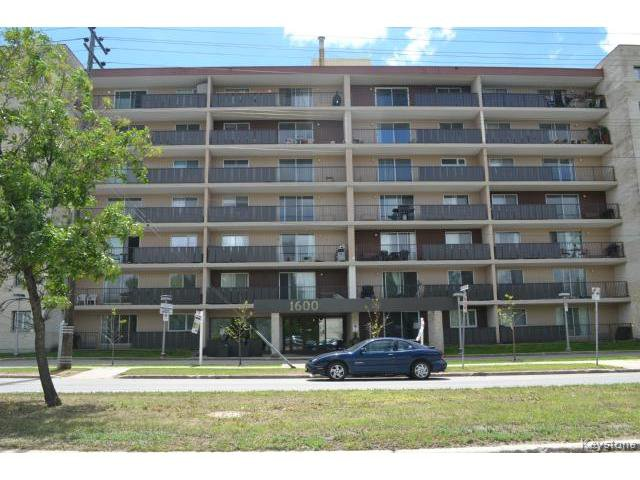 Main Photo: 1600 Taylor Avenue in WINNIPEG: River Heights / Tuxedo / Linden Woods Condominium for sale (South Winnipeg)  : MLS®# 1414423