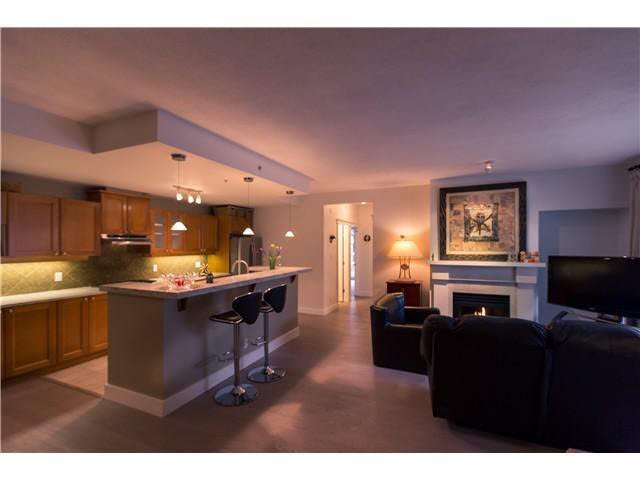 Photo 1: Photos: 201 5790 EAST BOULEVARD in Vancouver: Kerrisdale Condo for sale (Vancouver West)  : MLS®# V1084391