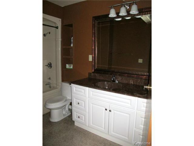 Photo 15: Photos:  in WINNIPEG: St Vital Residential for sale (South East Winnipeg)  : MLS®# 1425921