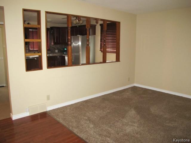 Photo 13: Photos:  in WINNIPEG: St Vital Residential for sale (South East Winnipeg)  : MLS®# 1425921