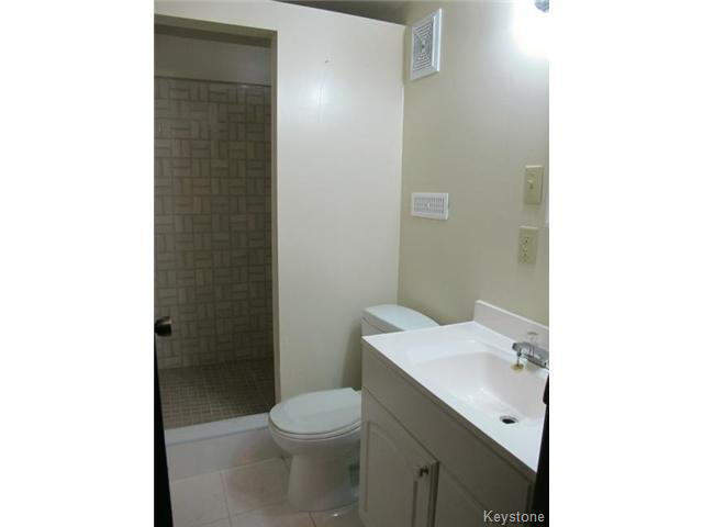 Photo 19: Photos:  in WINNIPEG: St Vital Residential for sale (South East Winnipeg)  : MLS®# 1425921