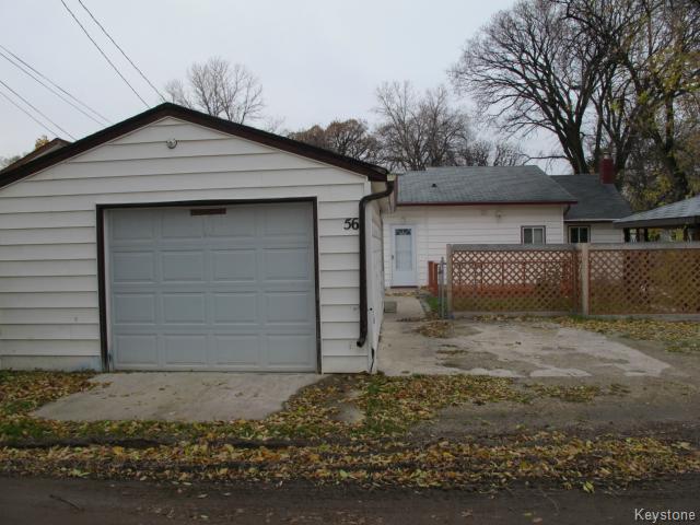 Photo 2: Photos:  in WINNIPEG: St Vital Residential for sale (South East Winnipeg)  : MLS®# 1425921