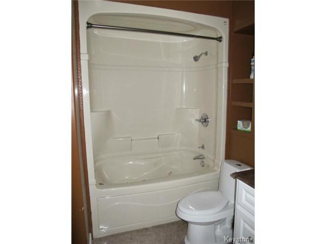 Photo 14: Photos:  in WINNIPEG: St Vital Residential for sale (South East Winnipeg)  : MLS®# 1425921