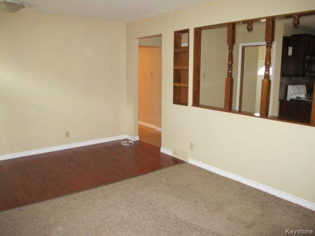 Photo 12: Photos:  in WINNIPEG: St Vital Residential for sale (South East Winnipeg)  : MLS®# 1425921