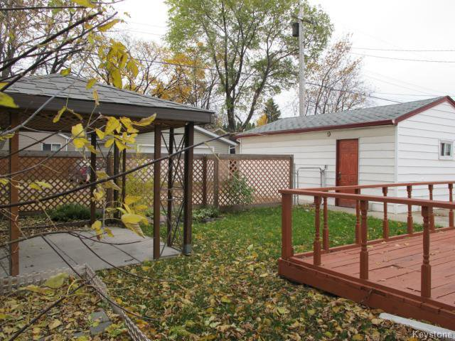 Photo 5: Photos:  in WINNIPEG: St Vital Residential for sale (South East Winnipeg)  : MLS®# 1425921