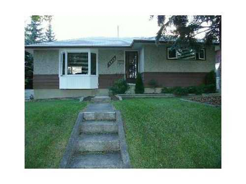 Main Photo: 3515 40 Street SW in Calgary: Bungalow for sale : MLS®# C3584017