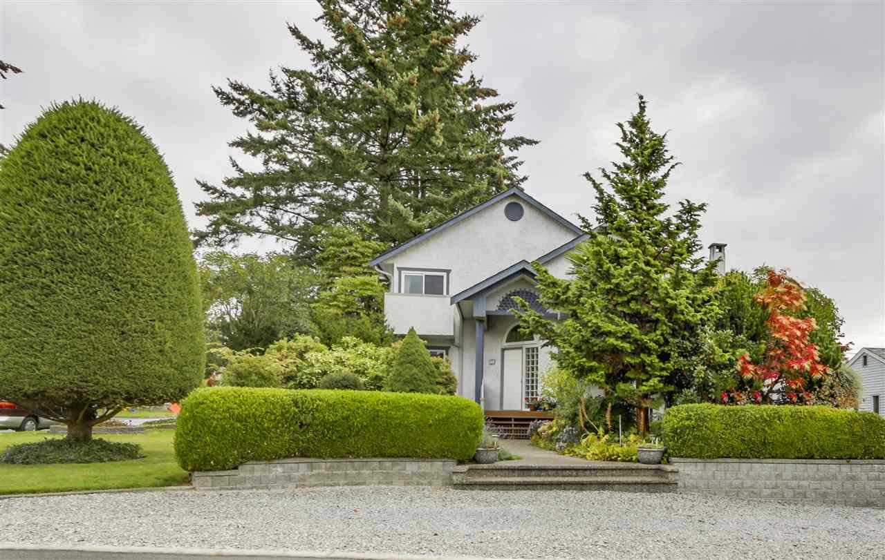 "Main Photo: 2220 PAULUS Crescent in Burnaby: Montecito House for sale in ""MONTECITO"" (Burnaby North)  : MLS®# R2129077"