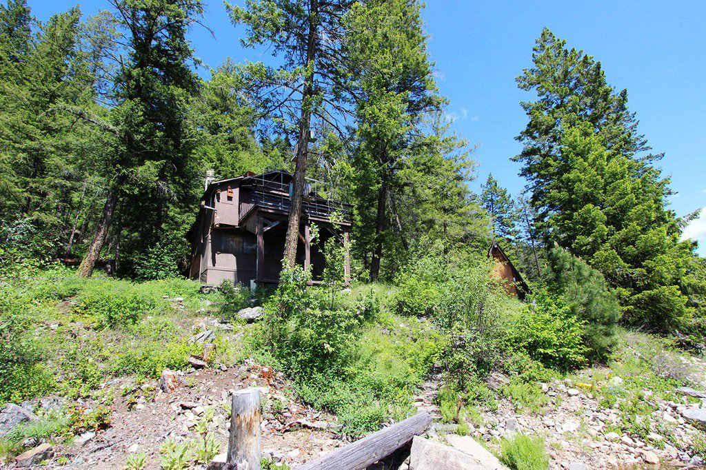 Photo 4: Photos: 3872 Point Road in Chase: Little Shuswap Lake House for sale : MLS®# 152250