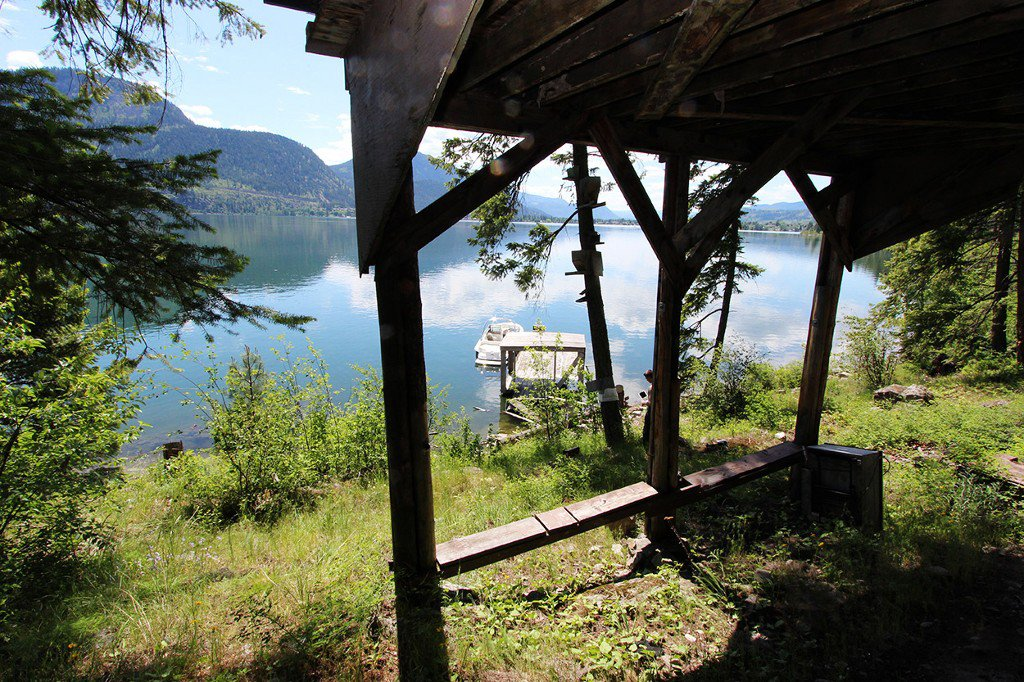 Photo 6: Photos: 3872 Point Road in Chase: Little Shuswap Lake House for sale : MLS®# 152250