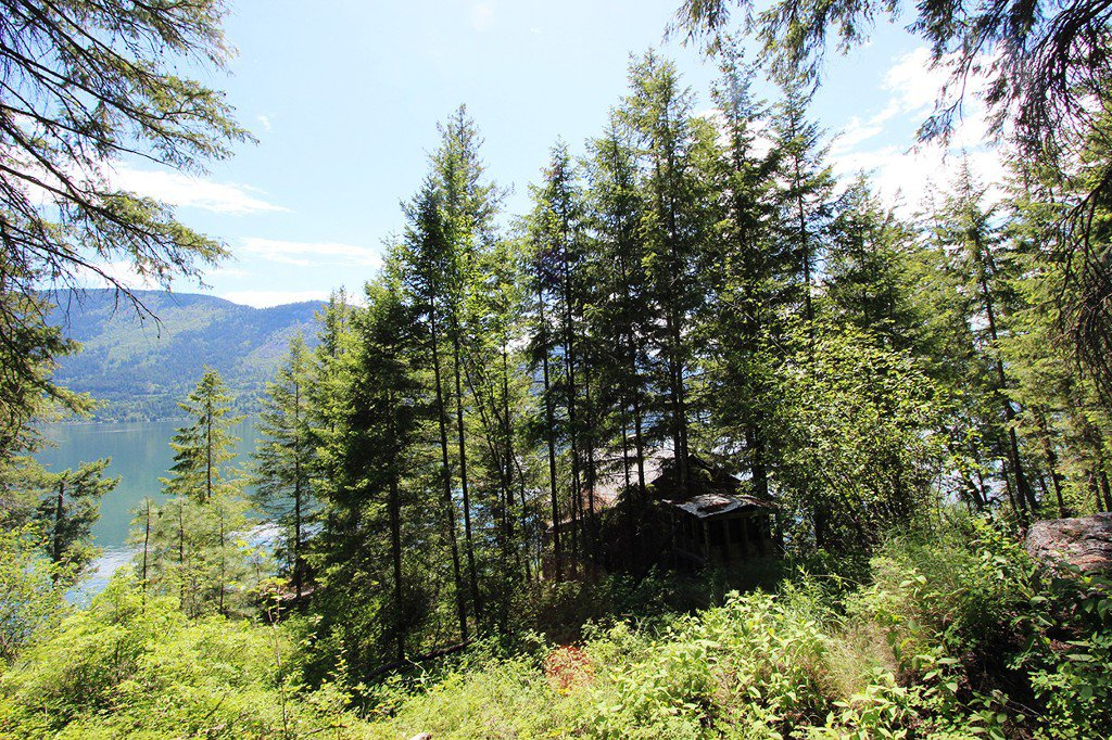 Photo 15: Photos: 3872 Point Road in Chase: Little Shuswap Lake House for sale : MLS®# 152250