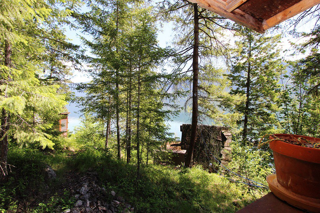 Photo 19: Photos: 3872 Point Road in Chase: Little Shuswap Lake House for sale : MLS®# 152250