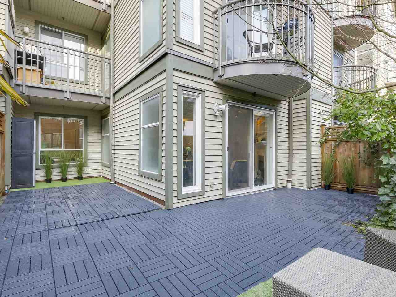 Main Photo: 106 888 W 13TH Avenue in Vancouver: Fairview VW Condo for sale (Vancouver West)  : MLS®# R2241076