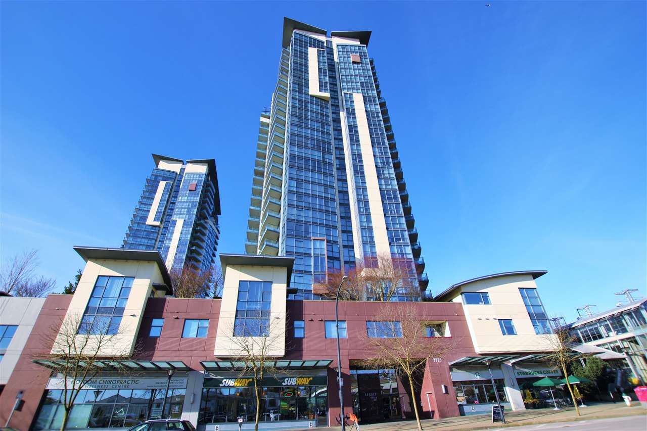 "Main Photo: 301 2225 HOLDOM Avenue in Burnaby: Central BN Condo for sale in ""LEGACY TOWERS"" (Burnaby North)  : MLS®# R2329994"