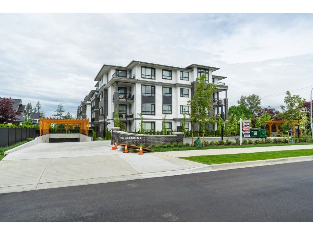 "Main Photo: 310 22087 49 Avenue in Langley: Murrayville Condo for sale in ""The Belmont"" : MLS®# R2371680"