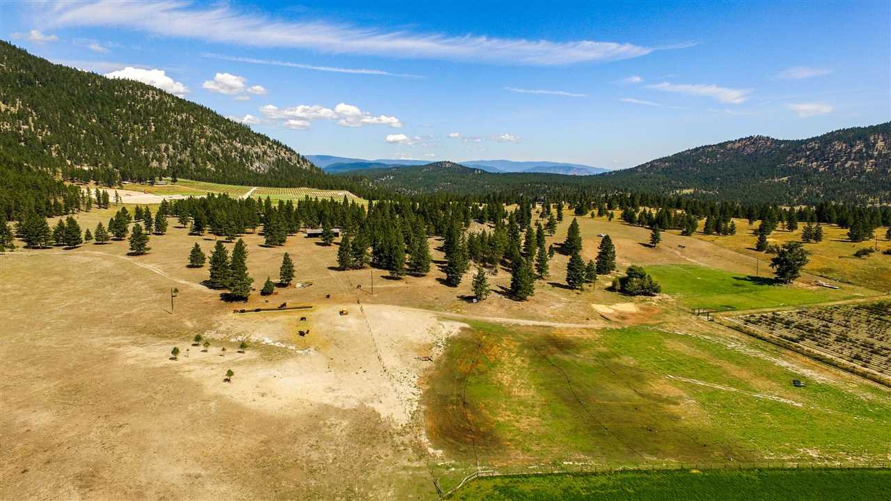 """Photo 13: Photos: 810 MEADOW VALLEY Road in No City Value: FVREB Out of Town Land for sale in """"MEADOW VALLEY"""" : MLS®# R2420684"""