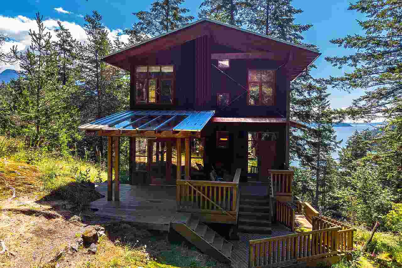 Main Photo: 1180 MILLER Road: Bowen Island House for sale : MLS®# R2474906