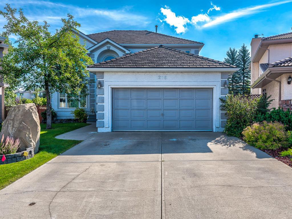 Main Photo: 216 MT COPPER Park SE in Calgary: McKenzie Lake Detached for sale : MLS®# A1025995
