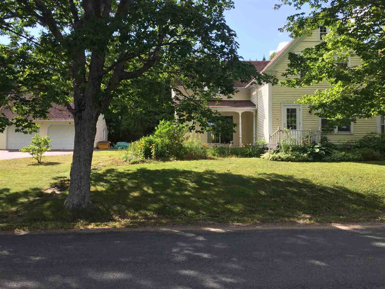 Main Photo: 1056 Mount Pleasant Road in Mount Pleasant: 405-Lunenburg County Residential for sale (South Shore)  : MLS®# 202021116