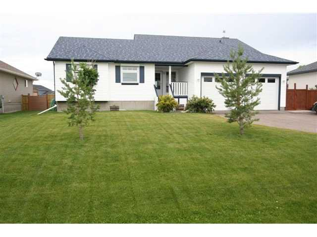 Main Photo: 25 NESBITT Avenue: Langdon Residential Detached Single Family for sale : MLS®# C3483969