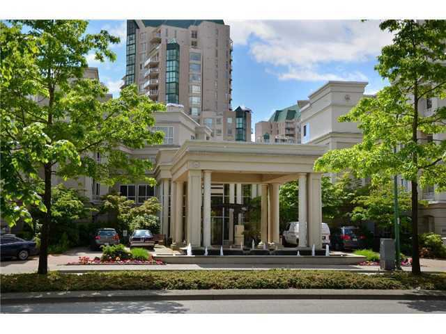 "Main Photo: 430 3098 GUILDFORD Way in Coquitlam: North Coquitlam Condo for sale in ""MARLBOROUGH HOUSE"" : MLS®# V922242"
