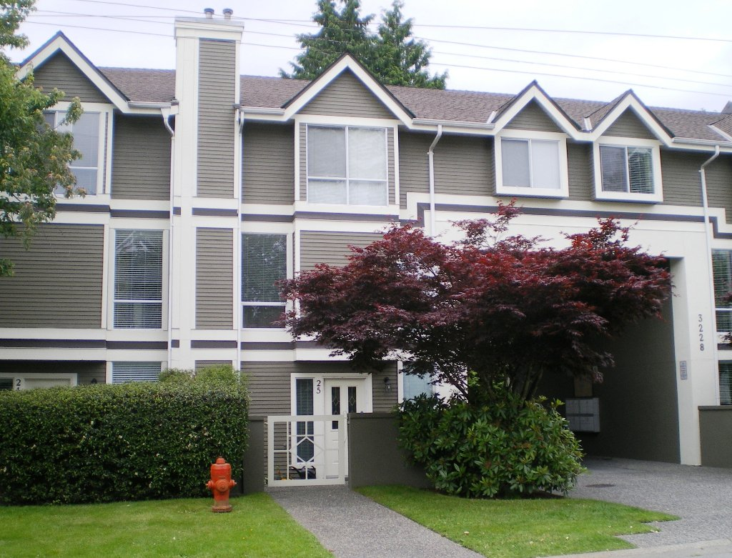"Main Photo: # 25 -  3228 Raleigh Street in Port Coquitlam: Central Pt Coquitlam Condo for sale in ""MAPLE CREEK"" : MLS®# V946545"
