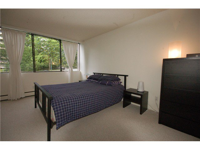 Photo 6: Photos: # 206 2020 BELLWOOD AV in Burnaby: Brentwood Park Condo for sale (Burnaby North)  : MLS®# V1009252