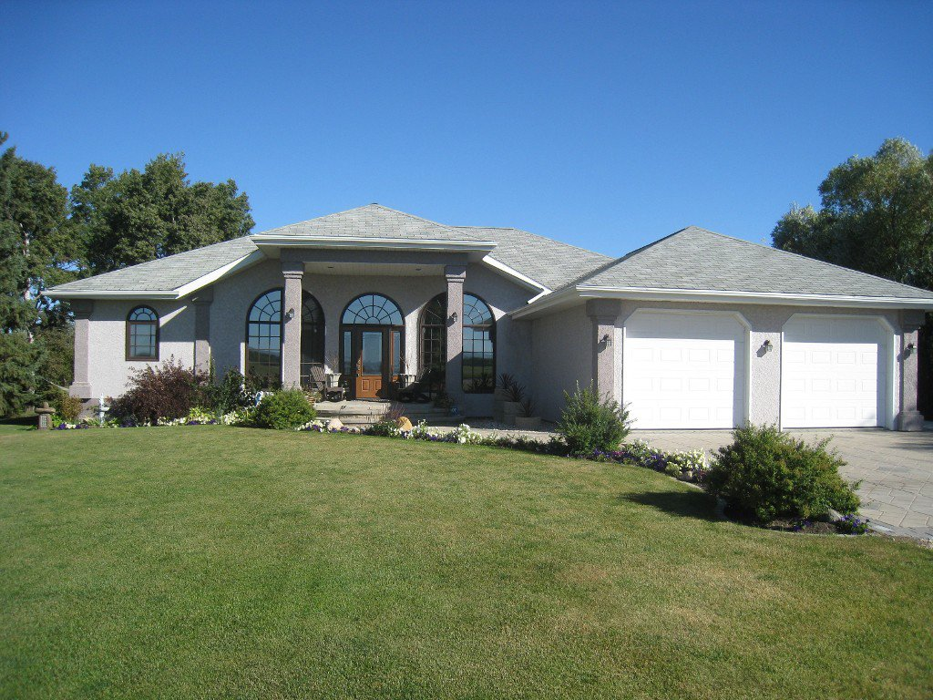 Main Photo:  in Dauphin: Single Family Detached for sale (Eclipse)